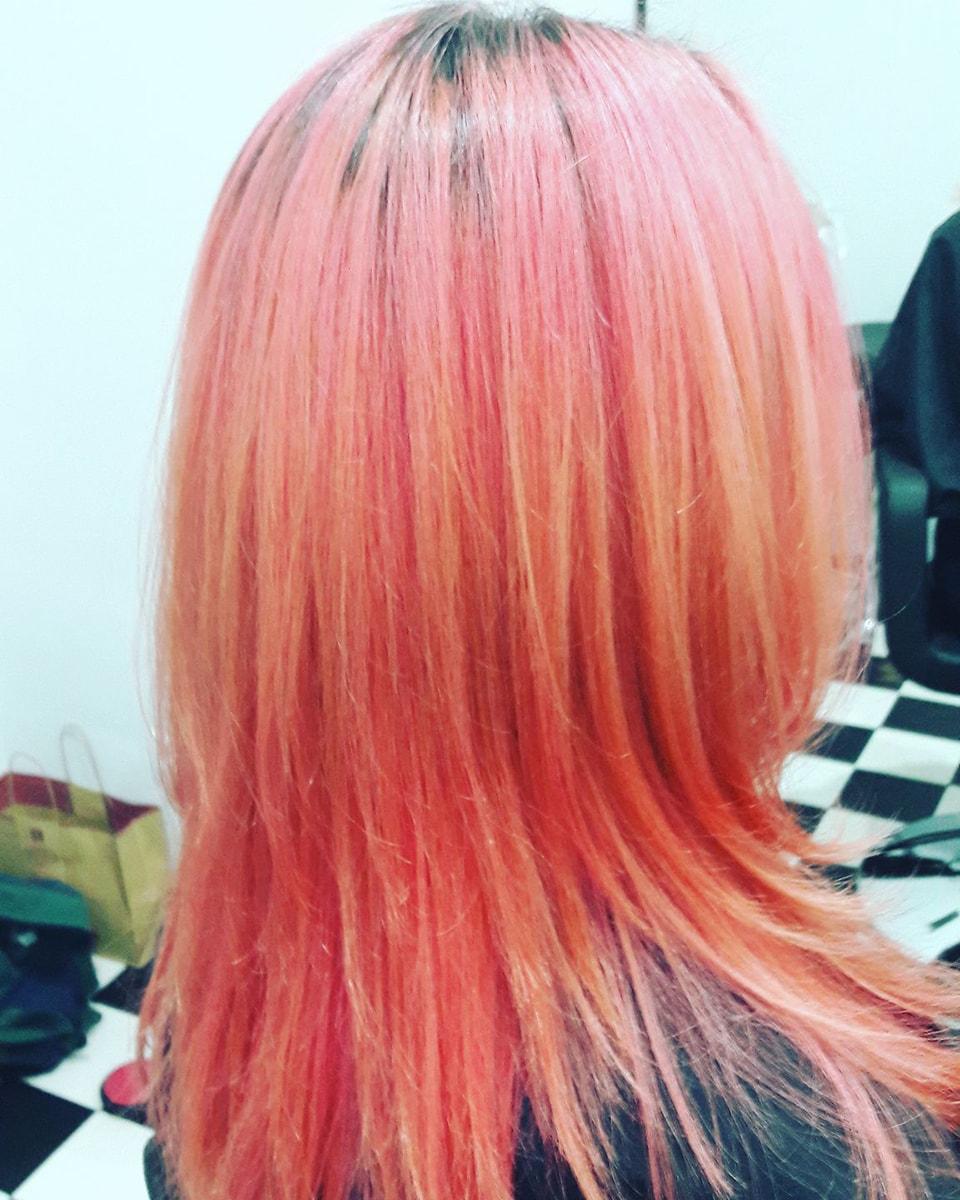 Frau Schneider Stylistin in Wien - Haarschnitt - Haarfarbe (11)