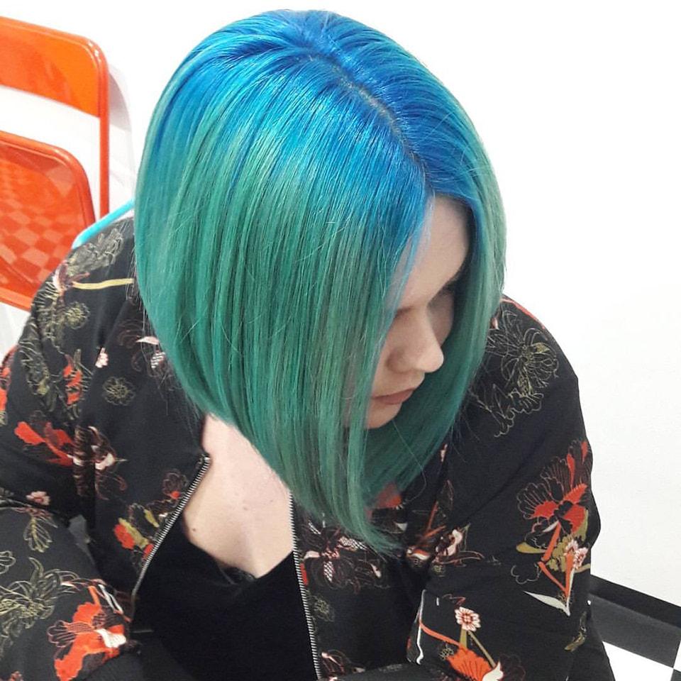 Frau Schneider Stylistin in Wien - Haarschnitt - Haarfarbe (14)